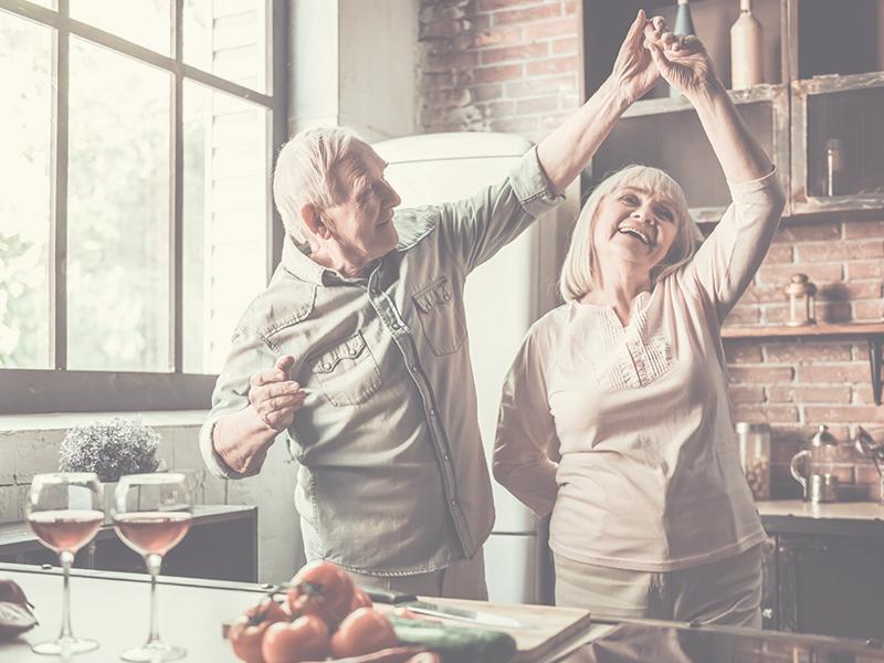 Améliorez votre autonomie grâce à la physiothérapie à domicile.   Novophysio